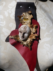 heart_birch bark_concrete_resin_face 1